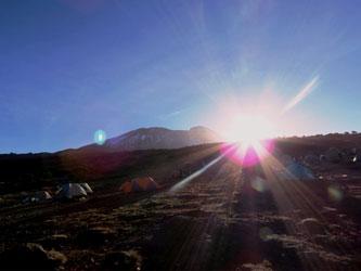 Lever de soleil sur le Kilimandjaro