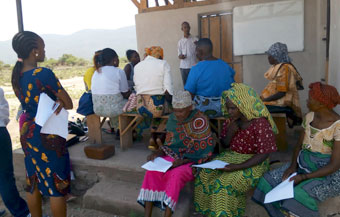Seminario microcreditos empoderamiento mujer