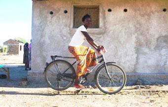 Negocio bicicletas mujeres Africa